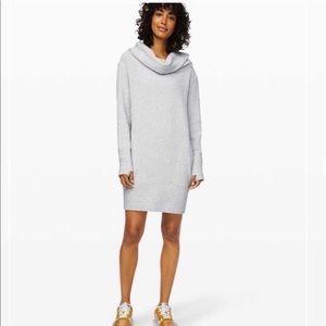 Women's Lululemon Long Sleeve Along the Way Dress